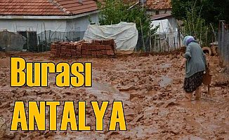 Antalya'da sel çamurla geldi; Zarar büyük