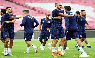 Fenerbahçe, Benfica karşısında