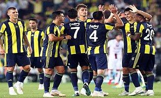 Fenerbahçe, Bursaspor'u ağırlıyor