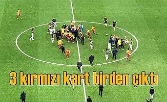 Galatasaray Fenerbahçe Derbisi; Maç bitti, 3 kırmızı kart birden çıktı