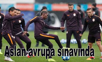Galatasaray, Porto ile oynuyor