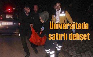 Üniversite'de kız yüzünden satırlı kavga