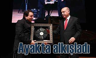 Erdoğan, Fazıl Say'ı ayakta alkışladı