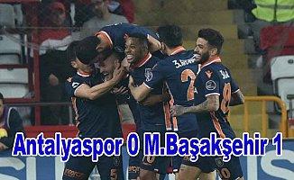 Lider M.Başakşehir yoluna kayıpsız devam ediyor