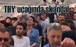 THY uçağından, hatırlı yolcu için yaşlı kadını atmışlar