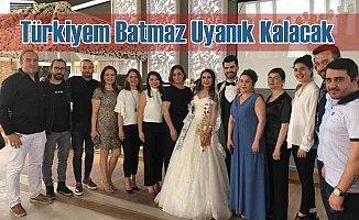 Türkiyem Batmaz, Emre Uyanık ile dünya evine girdi