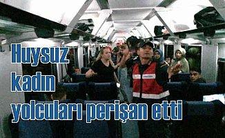 Tren yolcularını 2 saat perişan eden kadına gözaltı