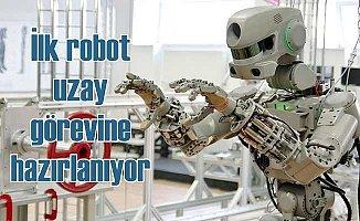 İlk robot astronot Fedor göreve başladı