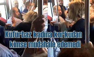 Metrobüste küfreden kadın, erkek yolcuya tekme yumruk saldırdı