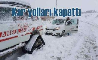 Kar yağışı Kayseri Kahramanmaraş yolunu ulaşıma kapattı