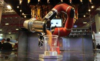 Barmen Robot, HORECA Turizm Fuarı'na damgasını vurdu