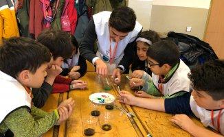 Bayer Genç Bilim Elçileri, Kars'ta çocuklarla buluştu!