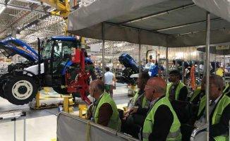 TürkTraktör'den çiftçilere güvenli sürüş eğitimi