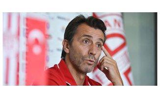 İH Konyaspor Bülent Korkmaz ile anlaştı