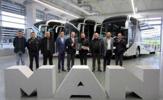 MAN'dan Ankara'da BelKo Air'eİstanbul'da Altur'a Lion's Coach teslimatları