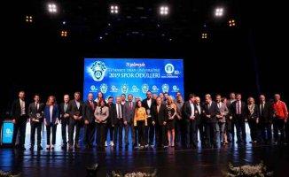 """İstanbul Okan Üniversitesi """"2019 Spor Ödülleri"""" sahiplerini buldu"""