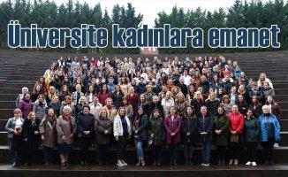 Üniversiteler kadın akademisyenlere emanet
