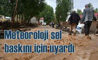 Karadeniz'de 4 il için şiddetli yağmur uyarısı