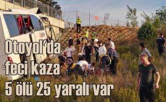 Tatil dönüşü otobüs faciası 5 ölü 25 yaralı var
