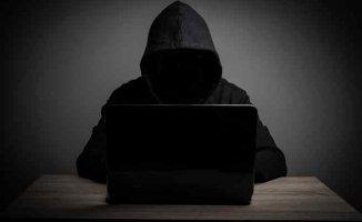 Aygıt yazılımı yüklerken casus yazılım uyarısı