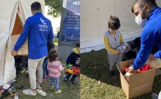 Kardeş Eli Derneği İzmir depreminde afetzedelerin yanında