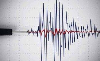 Van'da deprem oldu | Doğu Anadolu 4.7 ile sallandı