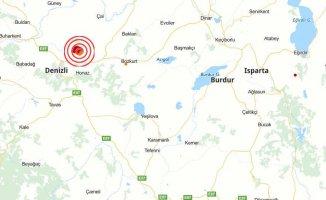 Denizli'de deprem | Denizli 4.2 ile sallandı