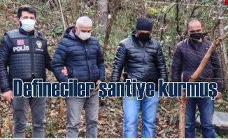 Defineciler ormana şantiye kurmuş | Polis ayak izlerinden buldu