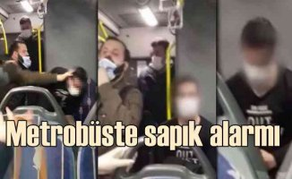 Metrobüs sapığını yolcular yakaladı, polise teslim etti