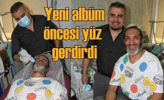 Tarık Mengüç, yeni albümü öncesi yüz gerdirdi
