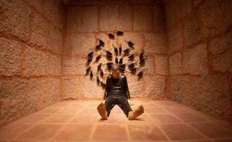 Bursa Zindankapı'da 'Zamansızlık Şarkısı'' sergisi açıldı