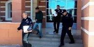 9 yaşındaki kız çocuğuna taciz iddiasıyla tutuklandı