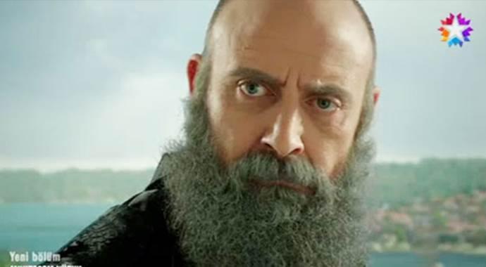Dizi bitti, Halit Ergenç sakallarını kesmedi