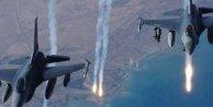 ABD Suriye'nin askeri kampını vurdu, 3 asker öldü
