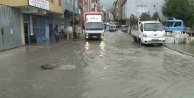 Anadolu Yakası Sağnak Yağıştan Etkilendi