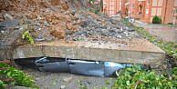 Anamurda İstinat Duvarı Çöktü, 13 Araç Altında Kaldı