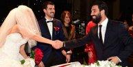 Arda, Demirören ve Eto nikah şahidi oldu