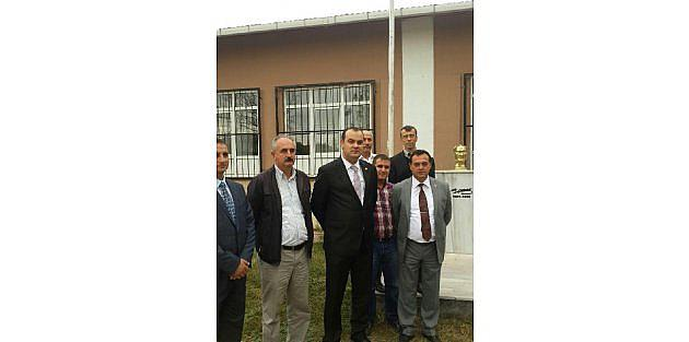 Atatürk Büstüne Çirkin Saldırı (2)