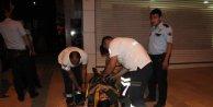 Balkondan düşerek yaralandı