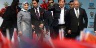 Başbakan Davutoğlu: Mazlumları zalimlere teslim etmek Türklüğe yakışmaz