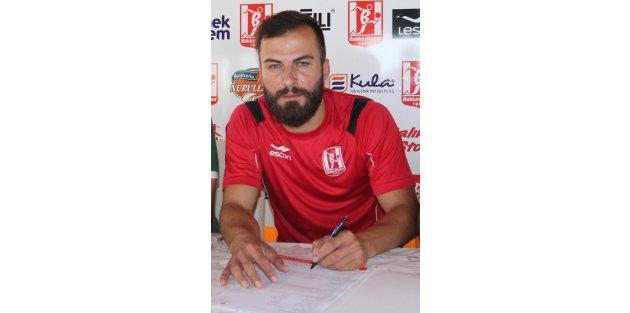 Berkan 2 yıllık sözleşme imzaladı