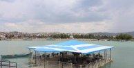Beyşehir Gölü üzerine belediyeden kafe