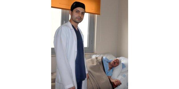 Bitlis Devlet Hastanesi'nde ilk kez kapalı fıtık ameliyatı yapıldı