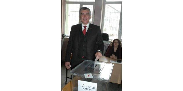 CHP Uşakta ön seçim heyecanı