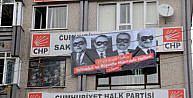 CHPNİN AFİŞİ, MAHKEME KARARIYLA KALDIRILDI
