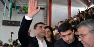 Demirtaş: PKKya silahı bıraktıracak AKP değil, HDPdir