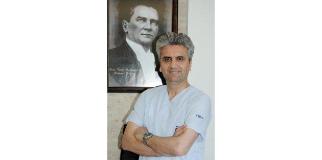 Doç.Dr. Akbaş: Saç kaybı organ kaybı gibi hissediliyor
