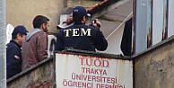 EDİRNEDE ÖĞRENCİ DERNEĞİNDE POLİS ARAMASI