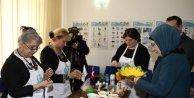 Emine Erdoğan, Bükreşte Türk Şehitliğini ve Yunus Emre Enstitüsünü Ziyaret Etti