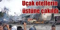 Endonezyada askeri uçak otel üstüne düştü, 30 ölü